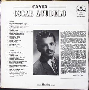 Canta Oscar Agudelo